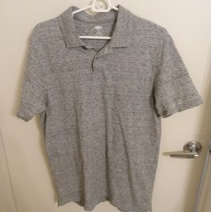 excellent condition gray old Navy polo shirt